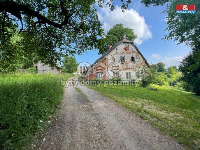 Prodej, Rodinný dům, 6718 m², Pěčín