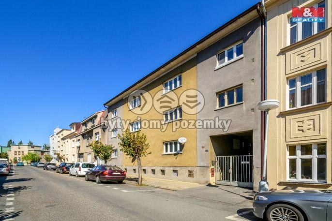 Prodej bytu 3+1 s garáží, 84 m², Slaný, ul.