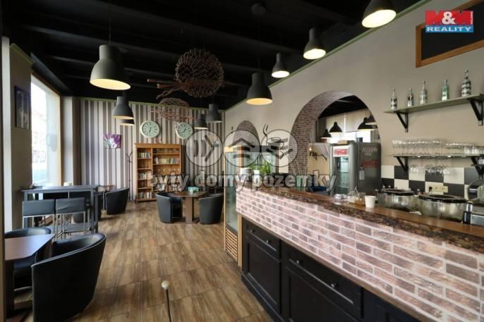 Pronájem, Restaurace, stravování, 150 m², Hradec Králové, Gočárova třída