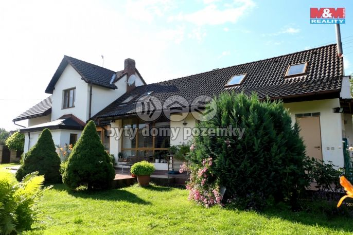 Prodej, Rodinný dům, 1724 m², Rožnov