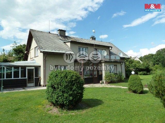 Prodej, Rodinný dům, 2299 m², Štíty