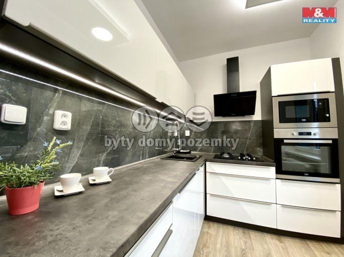 Prodej, Byt 3+1, 64 m², Ostrava, Hlavní třída
