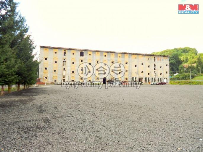Prodej obchodního objektu, 7829 m², Dolní Podluží