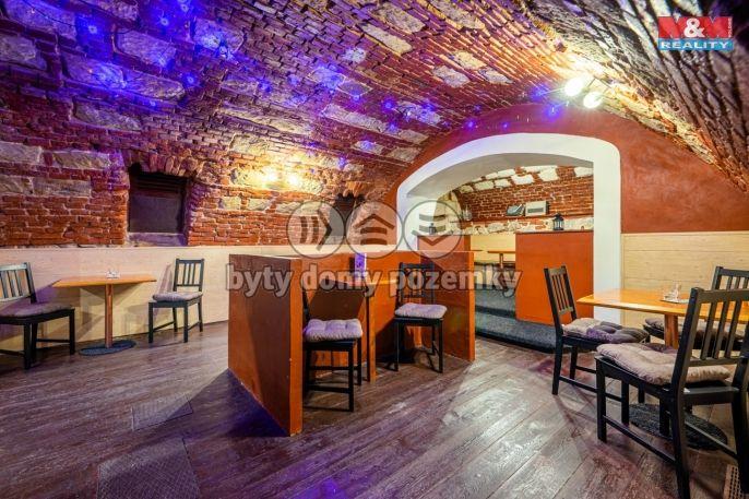 Prodej, koktejl bar, Plzeň, ul. Martinská