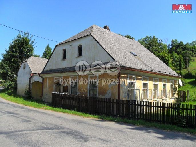 Prodej, Rodinný dům, 1875 m², Lavičné