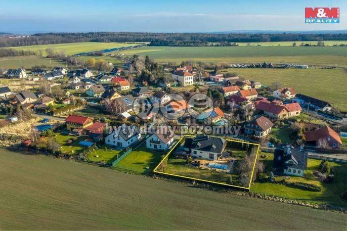Prodej, Rodinný dům, 1275 m², Doubek