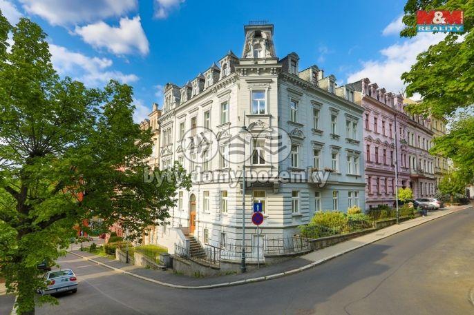 Prodej bytu 3+1, 98 m², Karlovy Vary, ul. Svahová