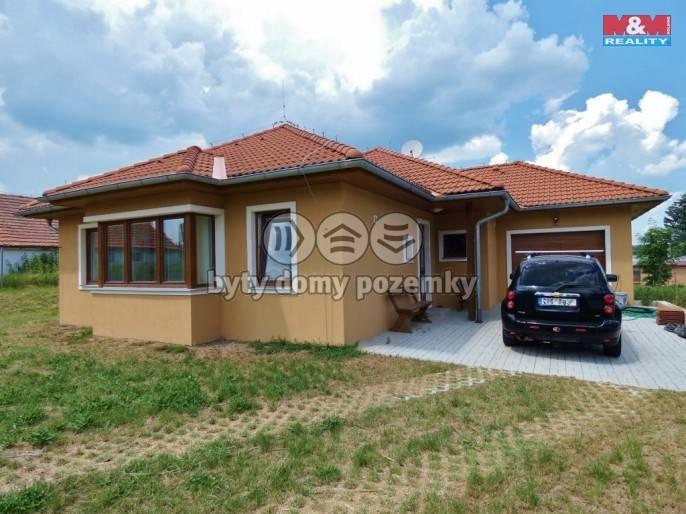 Prodej, Rodinný dům, 1001 m², Bečice