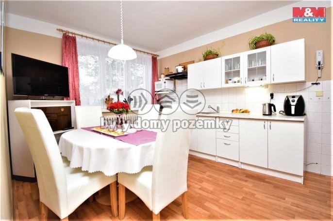 Prodej, Byt 3+1, 77 m², Sezemice, Nejedlého