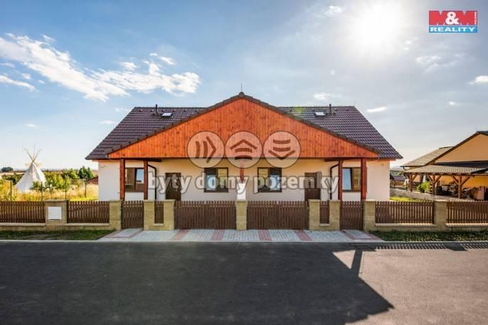 Prodej, Rodinný dům, 760 m², Hrušovany