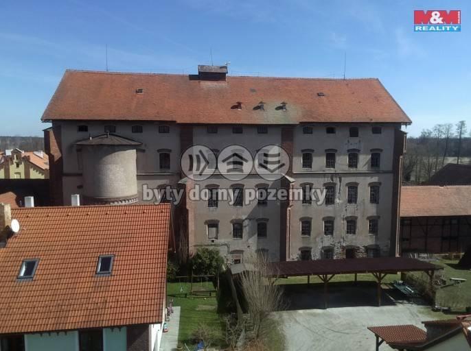 Prodej, Výrobní objekt, 2651 m², Třeboň