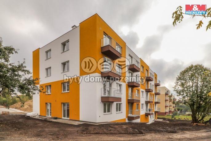 Prodej, Byt 2+kk, 52 m², Milovice, Armádní
