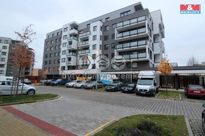 Pronájem, Byt 1+kk, 35 m², Praha, Makedonská