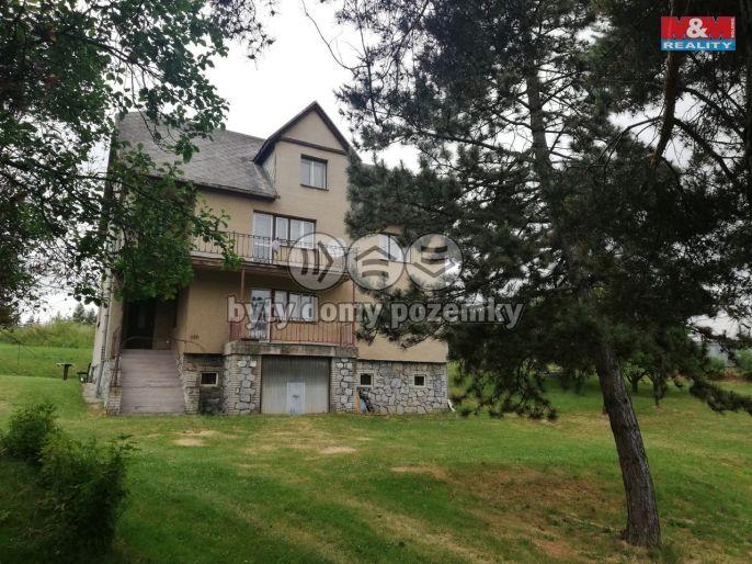 Prodej rodinného domu, 3041 m², Oborná