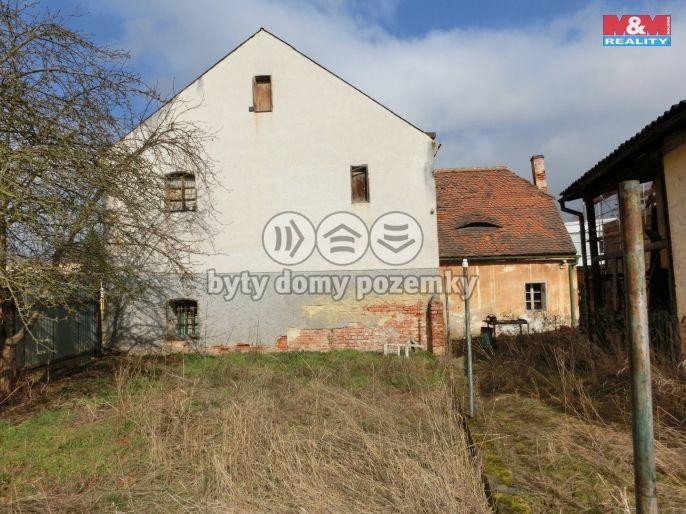 Prodej, Rodinný dům, 541 m², Vroutek