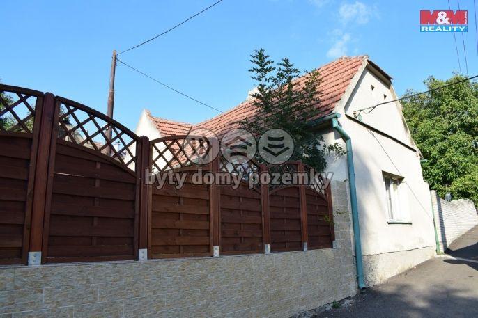 Prodej, Rodinný dům, 450 m², Makotřasy