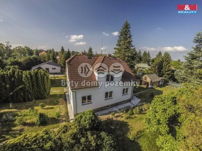 Prodej, Rodinný dům, 1139 m², Sulice
