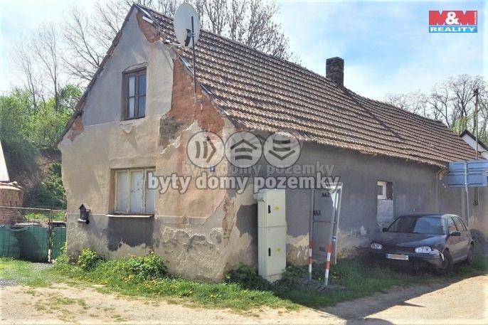Prodej, Rodinný dům, 414 m², Močovice