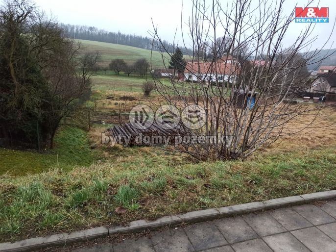 Prodej, Pozemek k bydlení, 699 m², Lažany