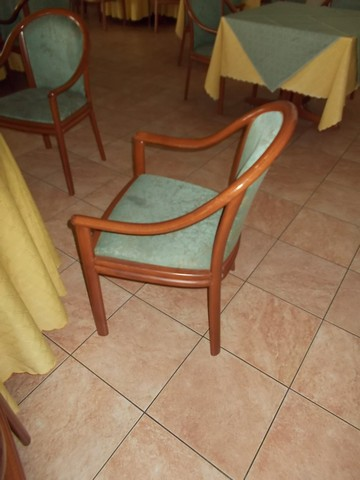 Tavoli E Sedie Vicenza.Stock Di Tavoli E Sedie Per Ristorante Astemobili It