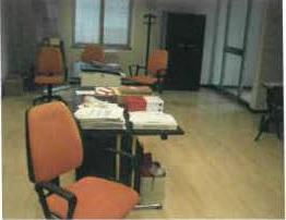 Stock mobili e arredo ufficio vendita a corpo for Stock mobili ufficio