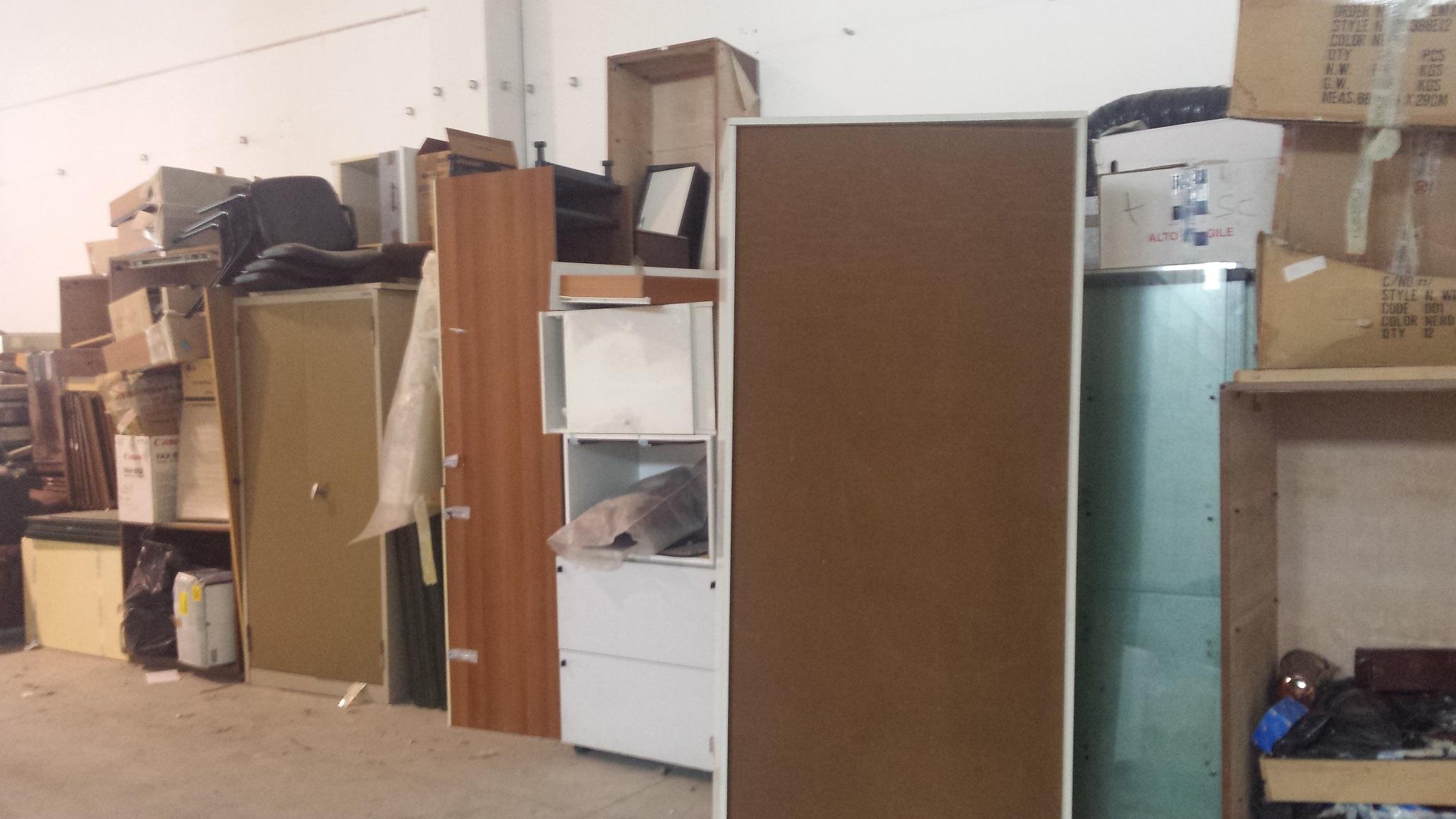 Stock arredamento ufficio for Arredamento stock