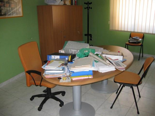 Stock di arredamento da ufficio for Stock arredamento