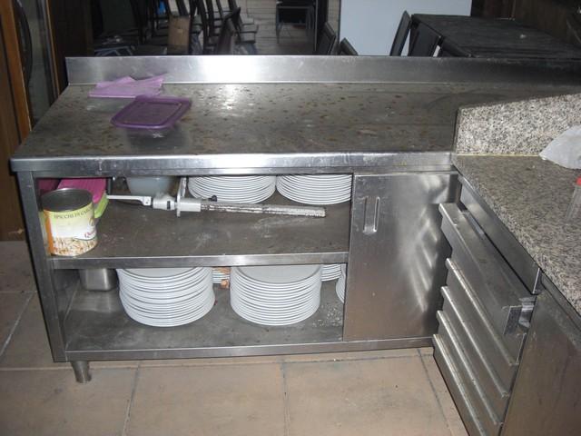 Stock di attrezzature per cucina professionale pizzeria