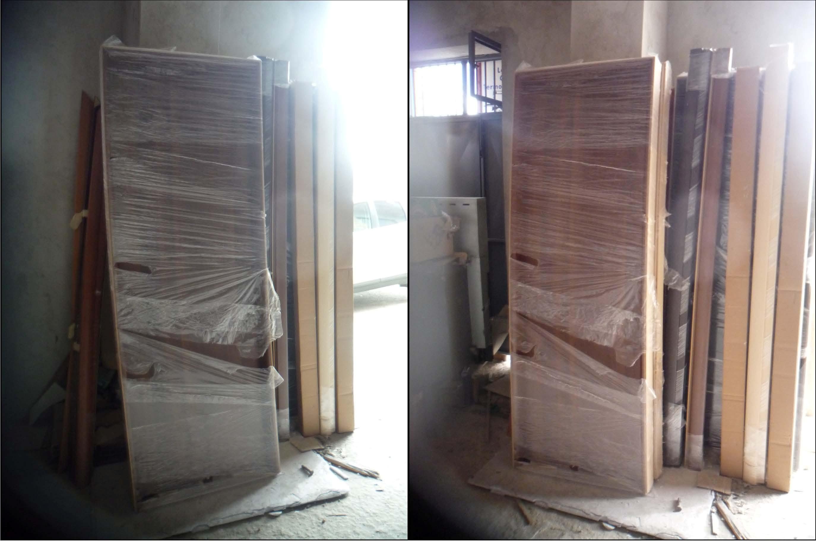 Stock costituito da: n° 8 porte interne, in legno tamburato, con ...