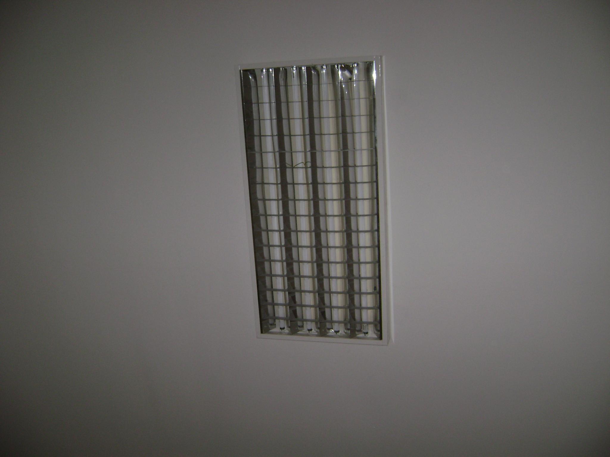 Plafoniere Neon Prezzi : N. 20 plafoniere da incasso modulare con 4 tubi neon dimensioni cm