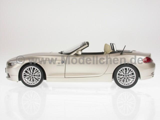 BMW e89 Z4 2009 silber Modellauto 71186 NewRay 1:24