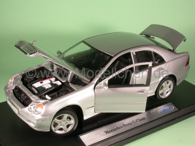 mercedes w203 c klasse silber modellauto welly 1 18. Black Bedroom Furniture Sets. Home Design Ideas