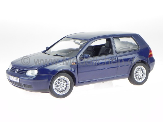 vw golf 4 2 t rer blau modellauto revell 1 18. Black Bedroom Furniture Sets. Home Design Ideas
