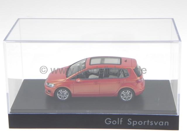 vw golf 7 sportsvan 2014 habanero orange modellauto spark 1 43. Black Bedroom Furniture Sets. Home Design Ideas