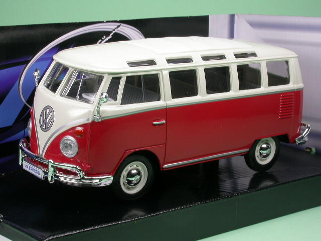 vw t1 samba bus rot weiss modellauto maisto 1 24. Black Bedroom Furniture Sets. Home Design Ideas