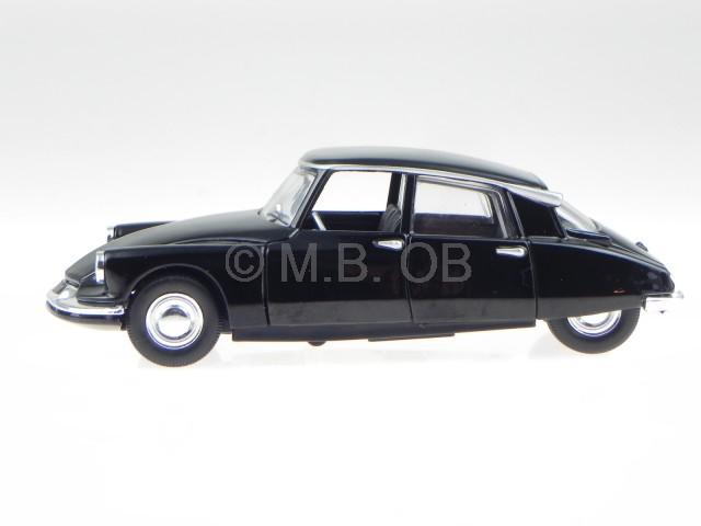 Citroen DS 19 schwarz 1960 Modellauto 43204 Bburago 1:32