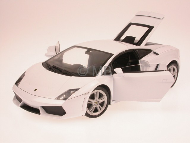 Lamborghini-Gallardo-LP-560-4-wHite-diecast-model-car-Welly-1-18