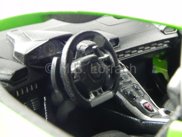 lamborghini huracan lp 610 4 gr n modellauto 11038 bburago. Black Bedroom Furniture Sets. Home Design Ideas