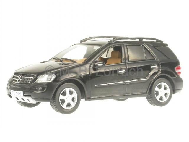 Mercedes-BM164-M-Class-ML-500-black-diecast-model-car-IXO-1-43