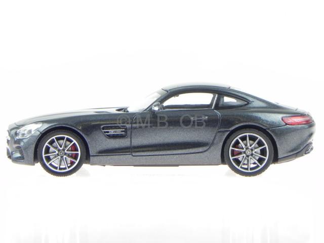 Mercedes AMG GT3 Coupe 2015-17 schwarz black 1:24 MotorMax