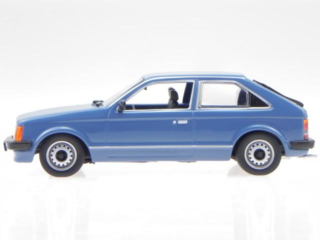 Opel Kadett D 1979 azul 1:43 maxichamps