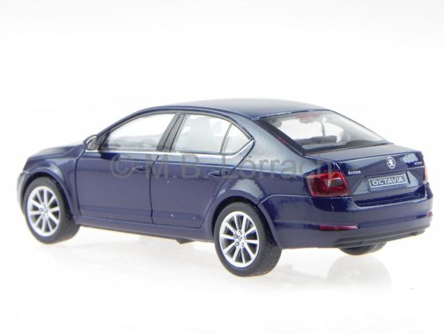 skoda octavia 3 2013 pazifik blue diecast model car 026lt abrex 1/43