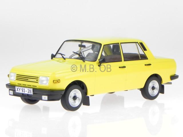 Wartburg 353 1985 jaune véhicule miniature 18077 MCG 1 1 1 18 9a2115