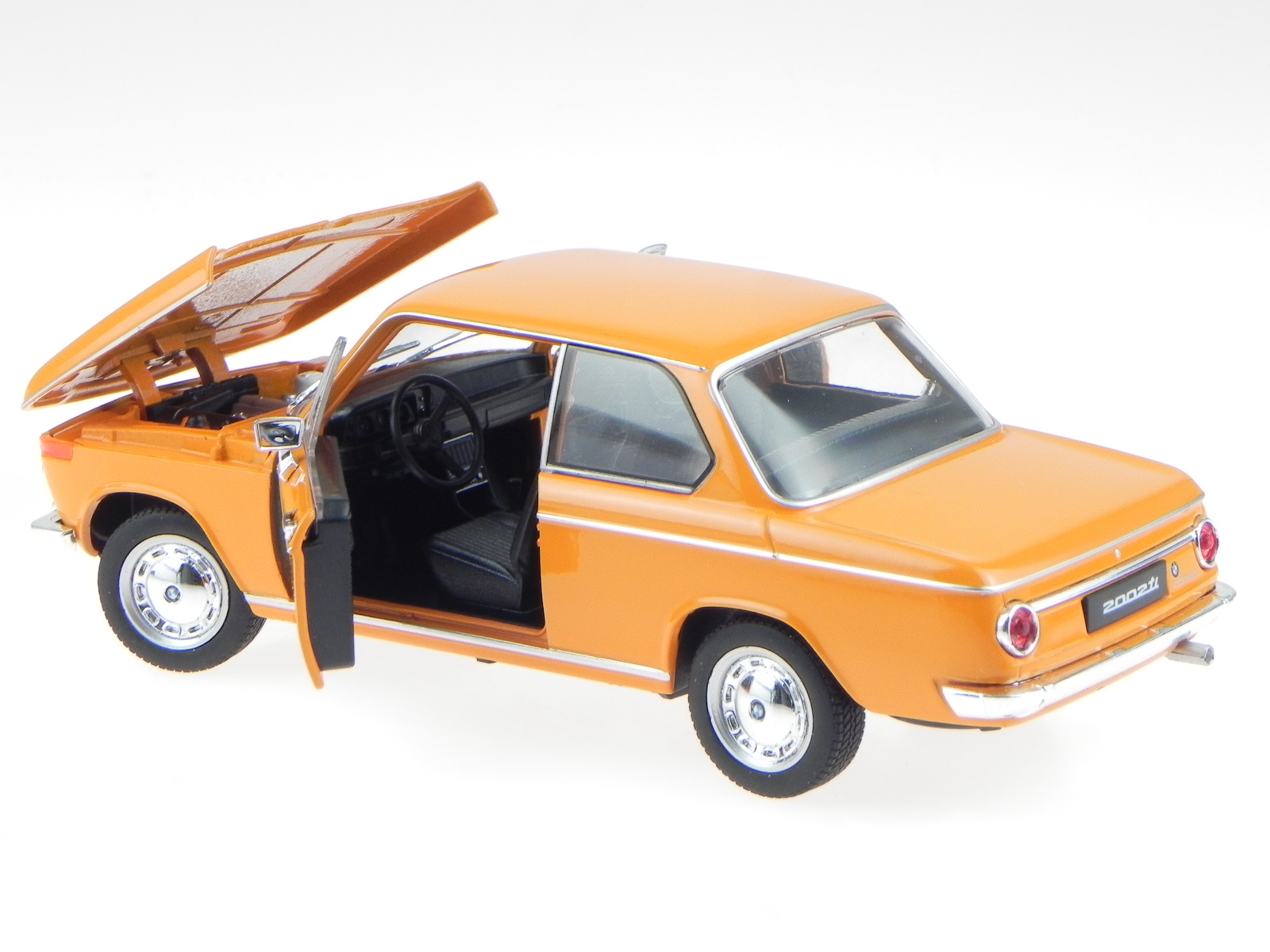 bmw e10 2002 ti orange v hicule miniature 24053 welly 1 24 eur 21 99 picclick fr. Black Bedroom Furniture Sets. Home Design Ideas