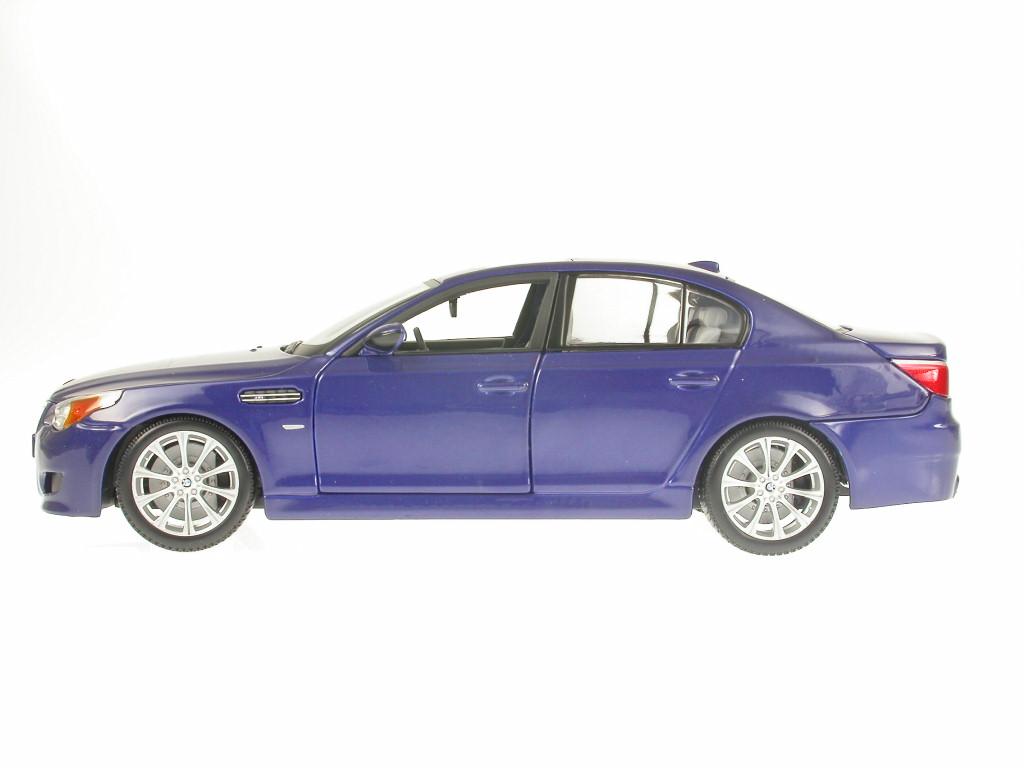 BMW e60 M5 bleu véhicule véhicule véhicule miniature 31144 Maisto 1 18 6b143e