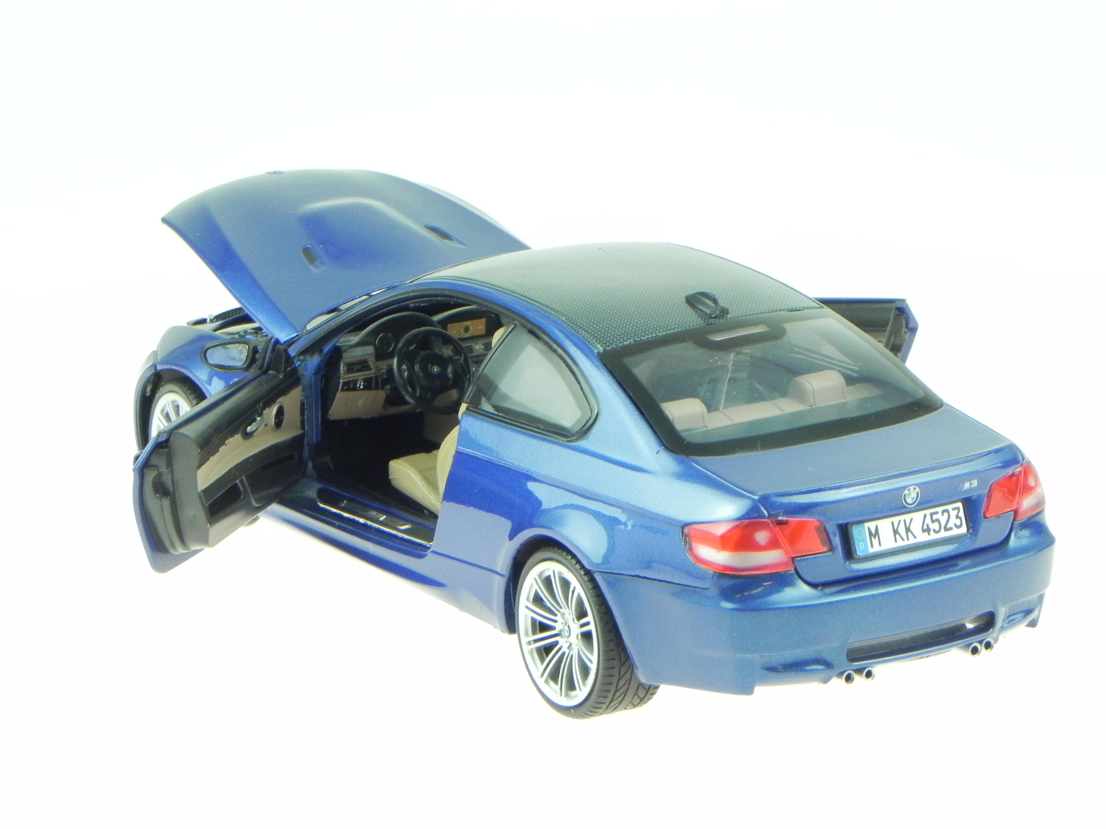 bmw e92 m3 coupe blue diecast model car 73182 motormax 1/18