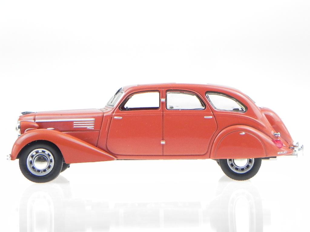 berliet 11cv dauphine 1939 rouge v u00e9hicule miniature wb100