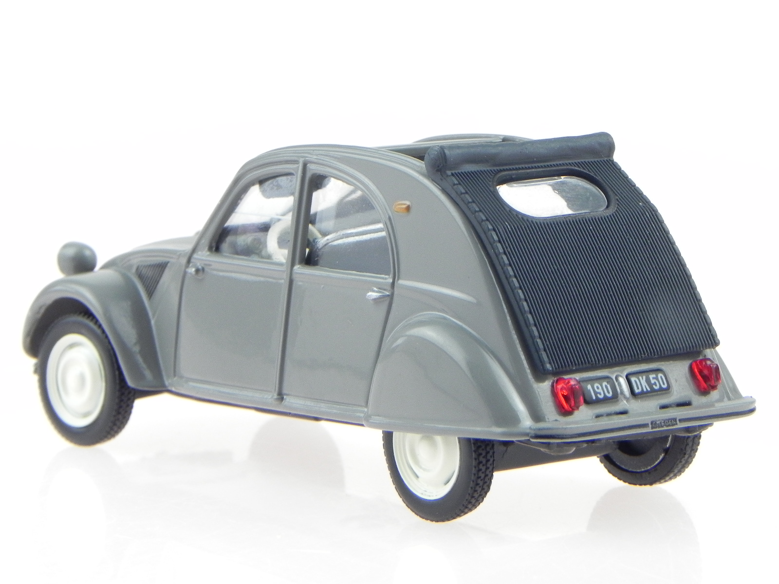 citroen 2cv 2 cv ente typ az grey modelcar atlas 1 43. Black Bedroom Furniture Sets. Home Design Ideas