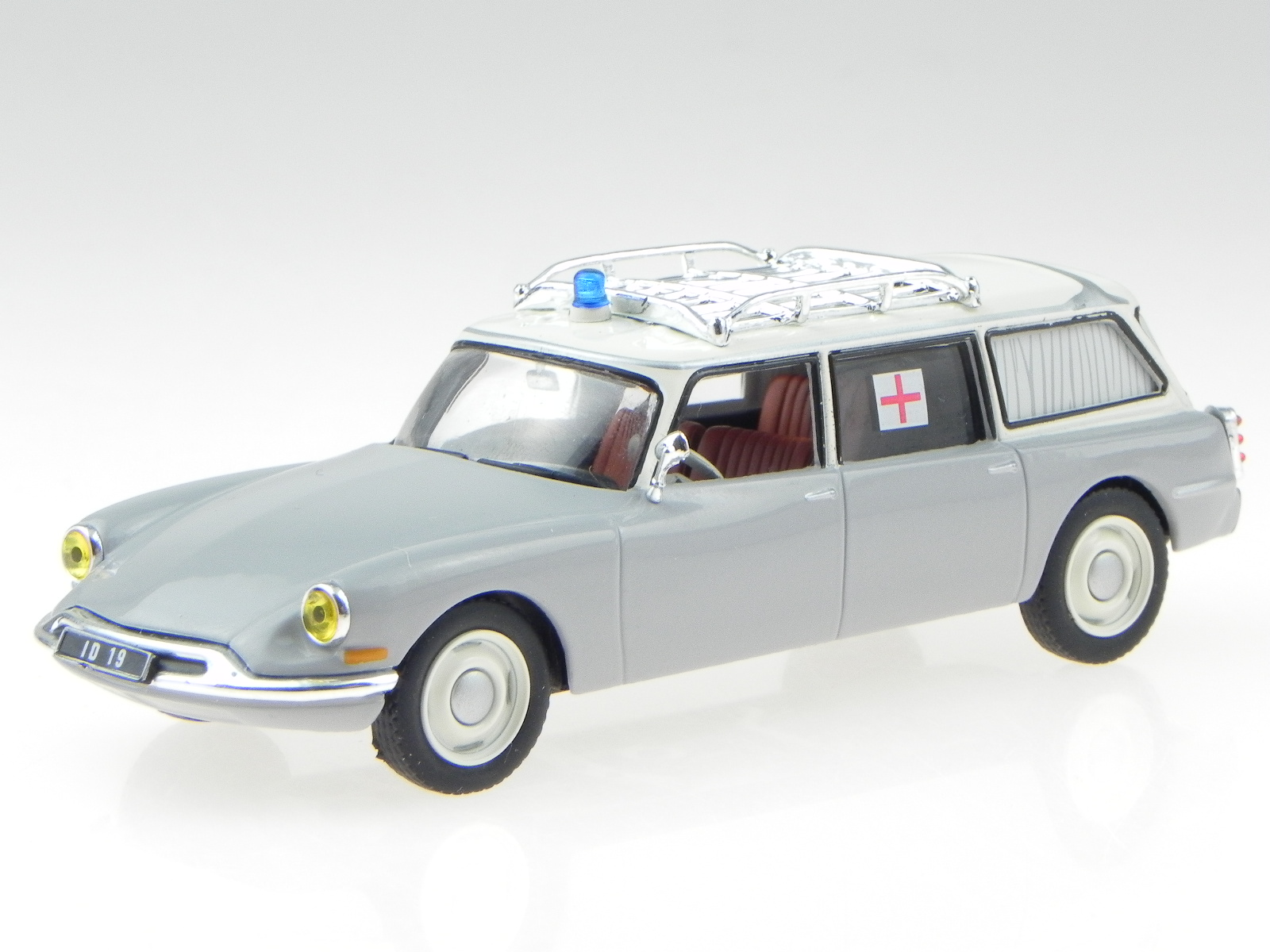 Ambulance Collection Atlas 1:43 Citroen ID 19 Diecast car model