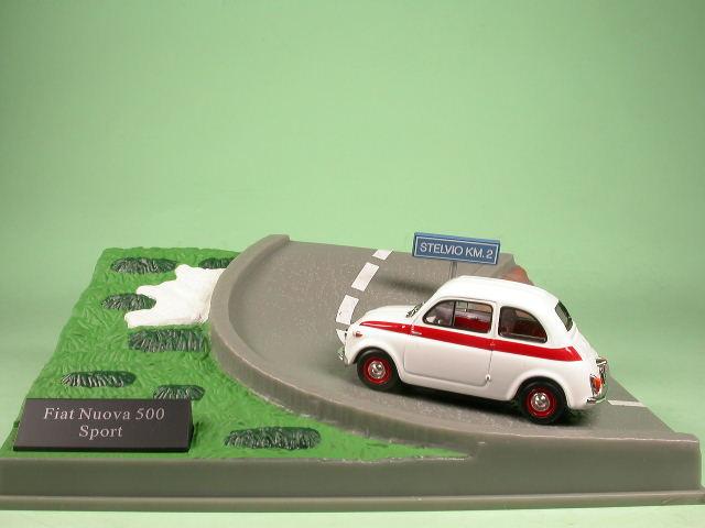 Fiat-500-Sport-blanco-coche-en-miniatura-Diorama-Altaya-1-43 miniatura 2